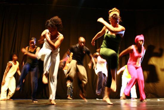 Atelier Danse et Création Dialogues Inévitables