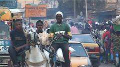 À Saint-Louis du Sénégal, la France reconnaissante