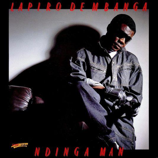 Lapiro de Mbanga, chanteur et guitariste, est mort