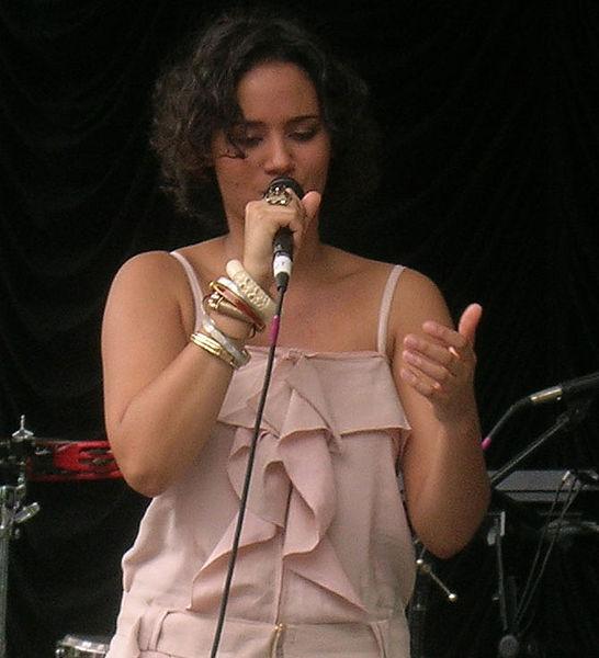 Mayra Andrade : Je suis un peu borderline!