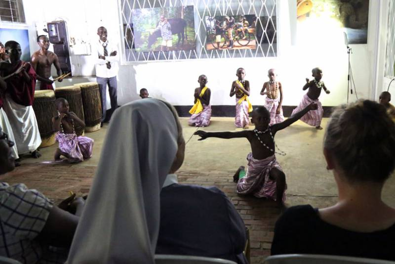Street children mesmerise guests [...]