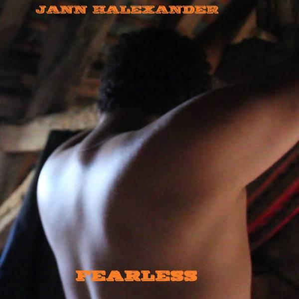 Jann Halexander chante 'Fearless' [...]