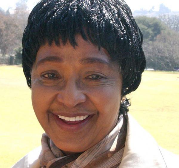 Winnie Mandela publie le journal de sa détention