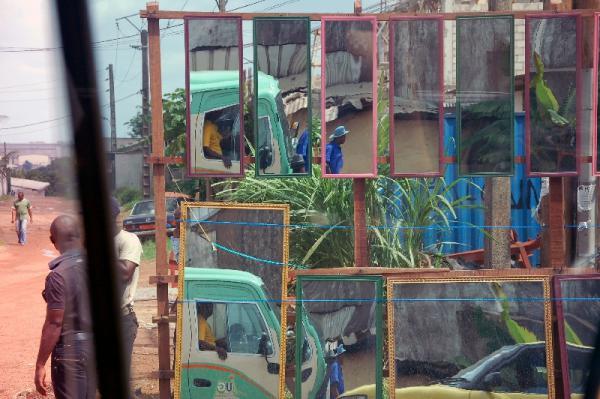 Parcours Urbains : Douala Hors les [...]