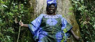 Un nouveau livre de la Prix Nobel de la Paix 2004 Wangari [...]