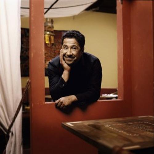 Khaled présente Café d'Oran au Cirque d'Hiver