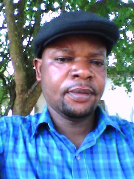Papy Ebotani (Mokambi)