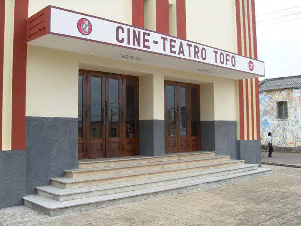 Cine-Teatro Tofo
